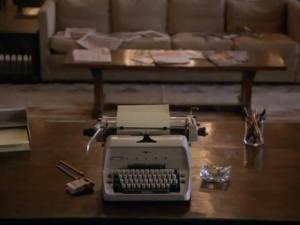 typewriter pan out to jack